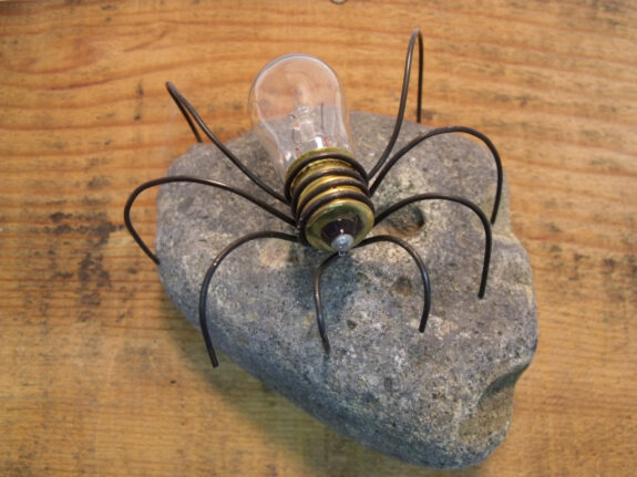 Lightbulb Rock Spider Bespokebug
