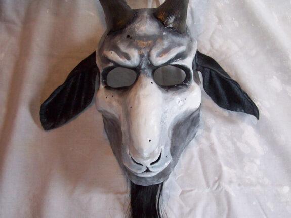 scary-goat-mask