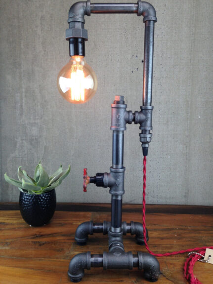 Industrial pipe lamp bespokebug for How to make a pipe lamp